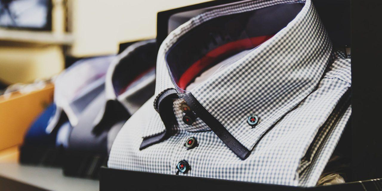 En skjorteholder gør dit outfit mere behageligt